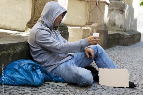 Canvastavla Arbeitsloser Bettler ist Obdachlos