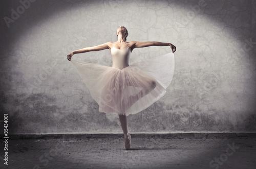 Fototapeta premium Klasyczna balerina