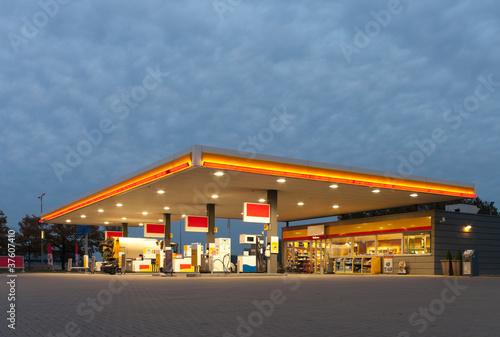 gas station Fototapeta