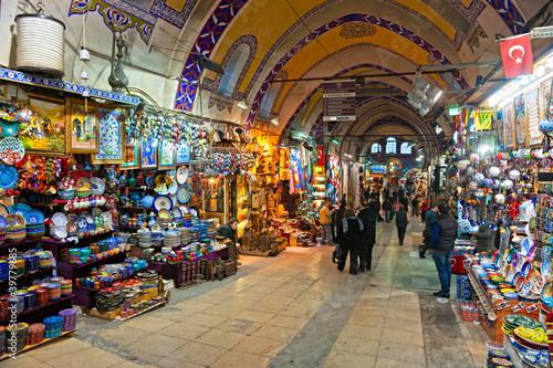 Canvas Print Grand bazaar shops in Istanbul, Turkey