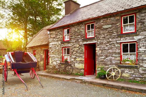 Fototapeta Traditional Irish cottage house architecture