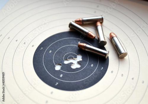 Carta da parati Target and ammunition