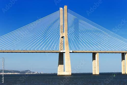 Fototapeta premium Most Vasco da Gama, Lizbona, Portugalia