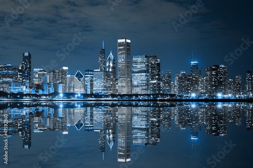 Fototapeta premium Chicago Downtown at Night