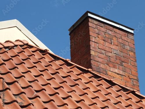 Valokuva Tile roof and chimney