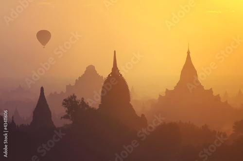 Canvas Sunrise over ancient Bagan, Myanmar