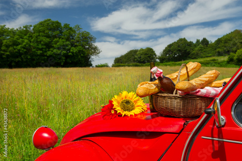French car with bread and wine Fototapeta