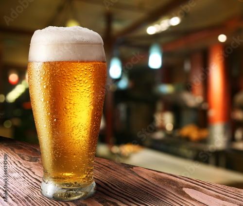 Obraz na płótnie Glass of light beer