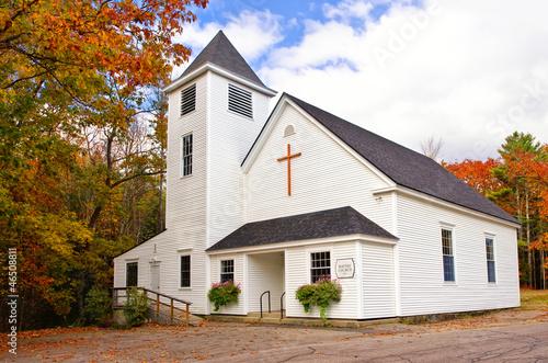 Stampa su Tela White country church