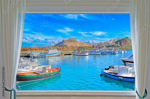 Fototapeta Widok z okna na Castelsardo na Sardynii do pokoju