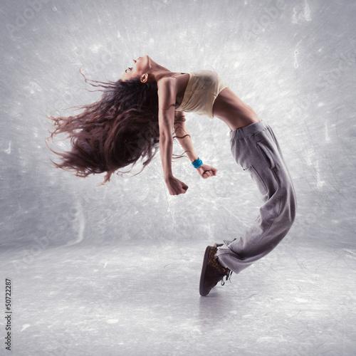 Photo young woman hip hop dancer