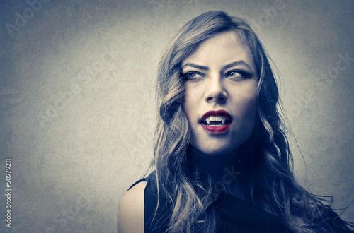 Photo vampire woman