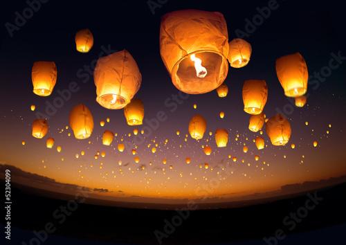 Canvas-taulu Flying Chinese Lanterns