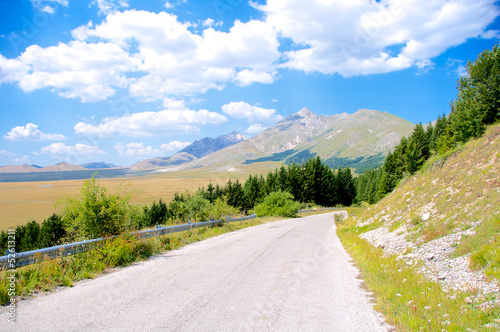 Canvas-taulu Plateau of Fonte Vetica - Gran Sasso, Abruzzo, Italy