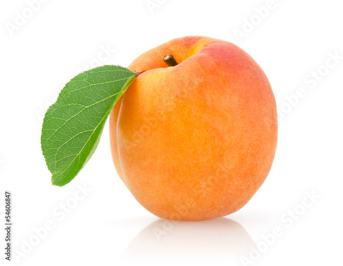 Fotografie, Obraz Single Apricot with Leaf Isolated on White Background