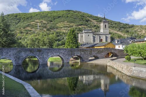 Tableau sur Toile Vue de pont romain à Molinaseca, Leon, Espagne