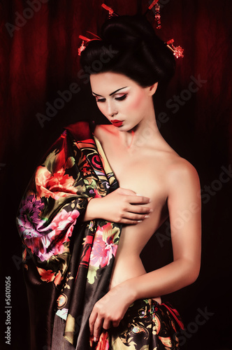 Fotografia Portrait of a Japanese geisha woman