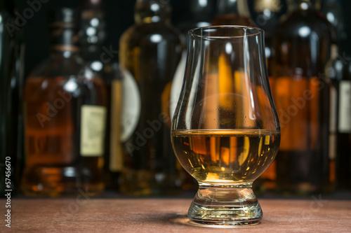whisky tasting Fototapeta