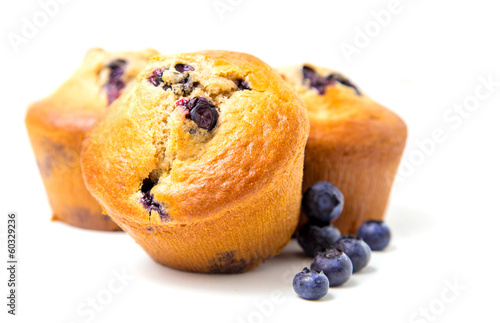 Fotografia Muffins with blueberry on white background