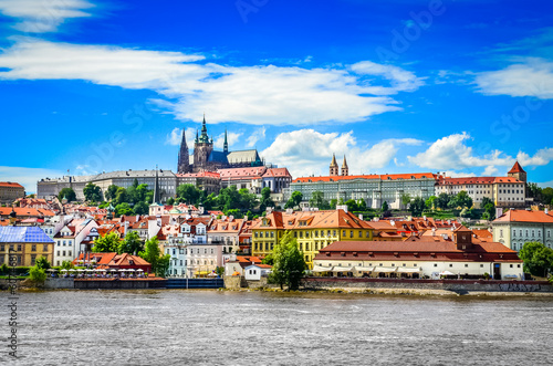 Fotografie, Obraz View of colorful old town and Prague castle with river