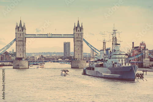 Canvas Print Tower Bridge, Thames river and HMS Belfast in London
