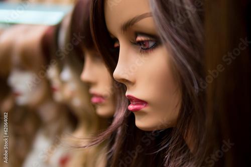 mannequins in a wig shop Fototapeta