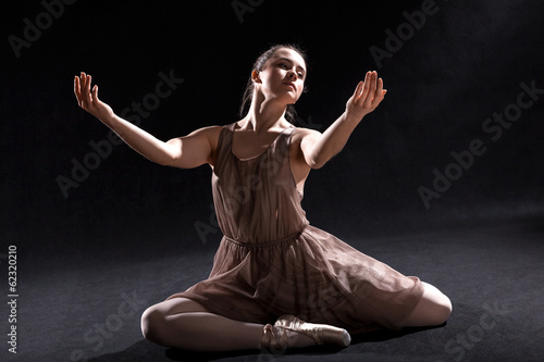 Stampa su Tela Dancer acting on a stage.