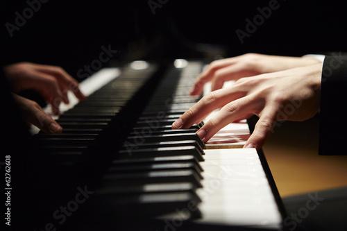 Obraz na plátně playing the piano