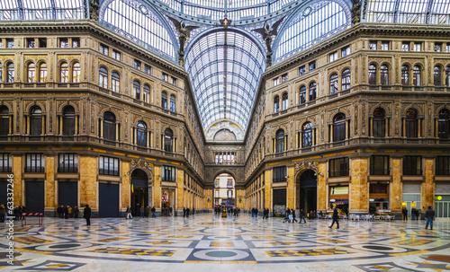 Neapol - Wewnątrz Galerii Principe Umberto I.