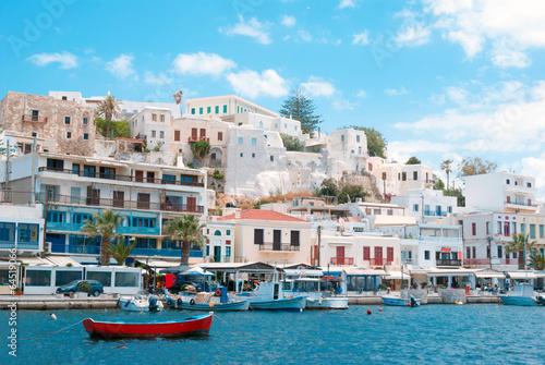 Платно Port on the island of Naxos