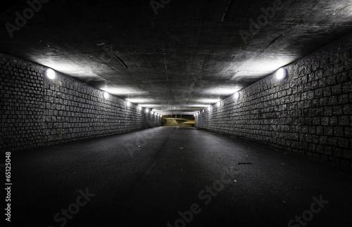 Valokuva Empty dark tunnel at night