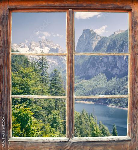 Fototapeta Widok z okna na jezioro Gosausee, Austria panorama