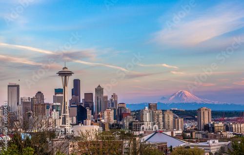Seattle downtown skyline and Mt. Rainier at sunset. WA