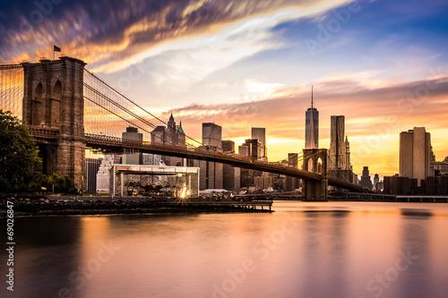 Fototapeta premium Most Brookliński przy zmierzchem