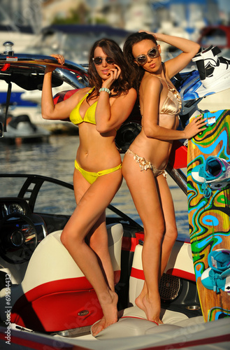 Bikini models hot Dubio Bikinis