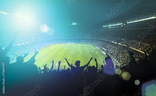 Foto crowded football stadium