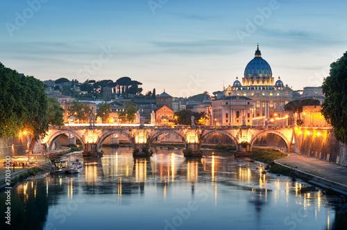 Fotomural River Tiber, Ponte Sant Angelo and St. Peter's Basilica