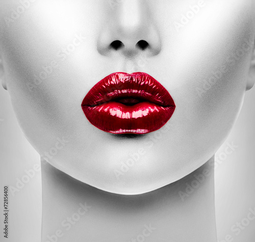 Carta da parati Sexy Red Lips. Beauty Model Woman's Face closeup