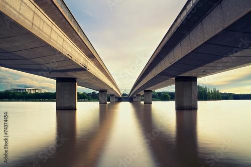Ταπετσαρία τοιχογραφία Canberra &  2 Bridges