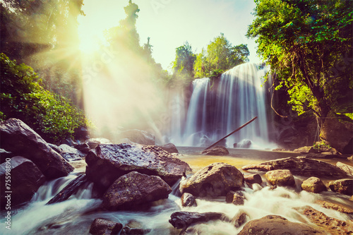 Fototapeta premium Tropikalny wodospad