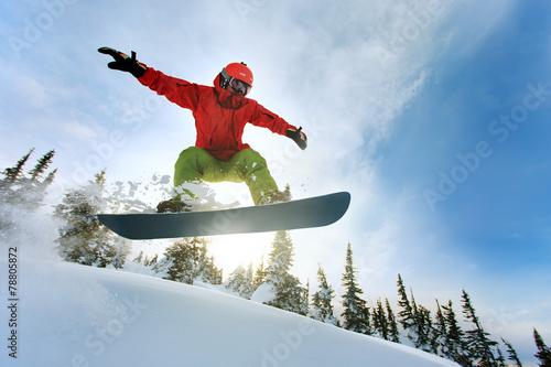 Wallpaper Mural Snowboarder jumping
