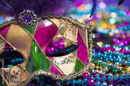 Canvas Print Mardi Gras Mask and beads
