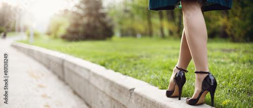 Obraz na plátne Woman legs and high heels