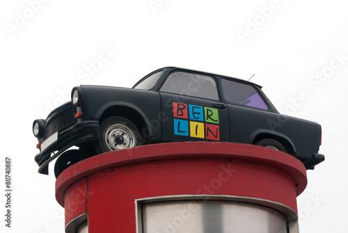 Obraz na plátně East-German car advertising Berlin