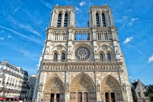 Stampa su Tela notre dame paris statues and gargoyles