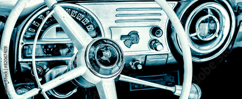 Fotografie, Obraz Interior of an old american car