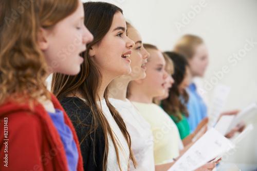 Photographie Groupe d'enfants de l'école de chant en chorale Ensemble