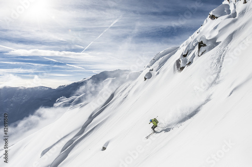 Canvas Print Free skiing downhill