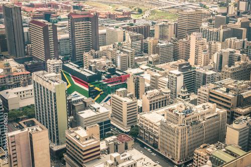 Fototapeta premium Panoramę wieżowców w biznesowej dzielnicy Johannesburga