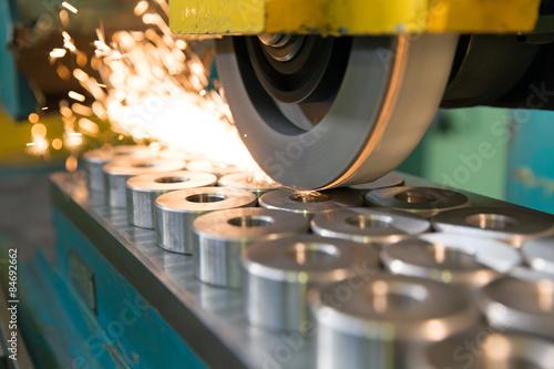 finishing metal working on horizontal surface grinder machine Fototapet